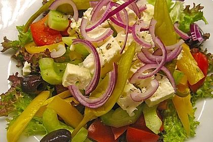 Griechischer Bauernsalat 8