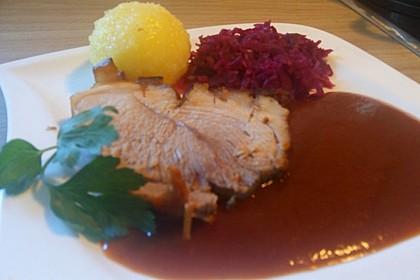 Klassischer bayerischer Schweinekrustenbraten 8