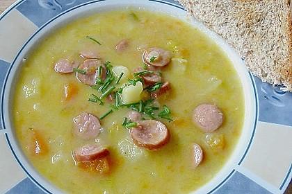 Gemüsesuppe mit Würstchen 1