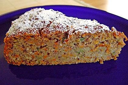 Möhren - Zucchini - Apfel - Kuchen 0