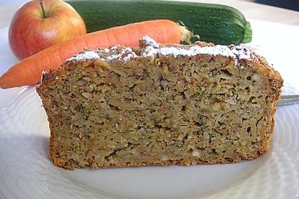 Möhren - Zucchini - Apfel - Kuchen 14