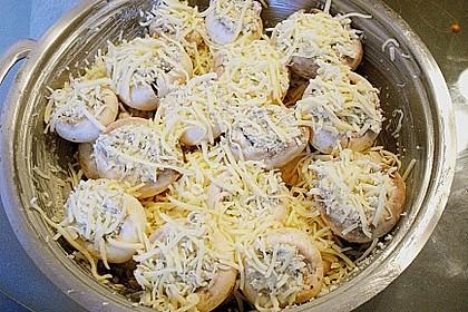 Gefüllte Champignons (vegetarisch) 32