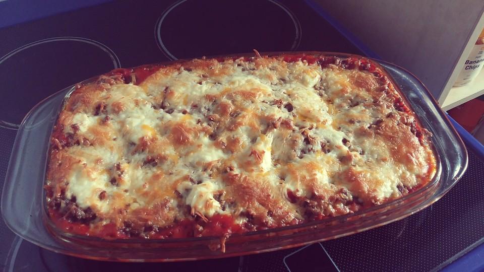 fitness lasagne mit tomaten zucchini und pilzen rezept mit bild. Black Bedroom Furniture Sets. Home Design Ideas