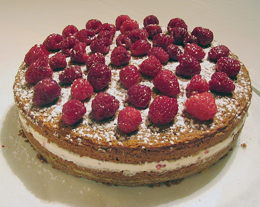 schoko torte mit himbeeren rezept mit bild von. Black Bedroom Furniture Sets. Home Design Ideas