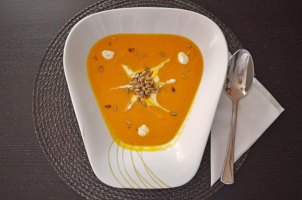Kürbissuppe Mit Süßkartoffeln Und Erdnussbutter (Rezept Mit Bild