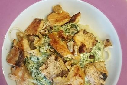 Nudeln mit Lachs, Spinat und Ziegenkäse 1