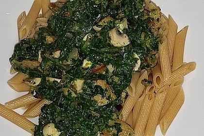 Lupinen-Geschnetzeltes mit Champignon-Spinat-Rahm