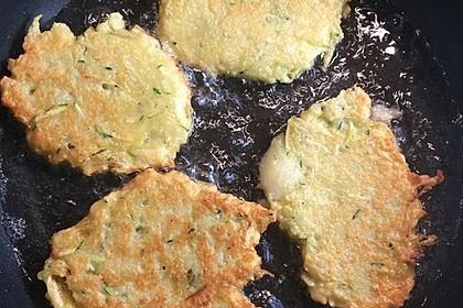 Zucchini-Kartoffelpuffer (Reibekuchen) 1