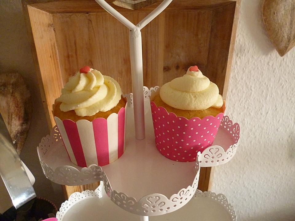 vanille cupcakes mit frischk se topping rezept mit bild. Black Bedroom Furniture Sets. Home Design Ideas