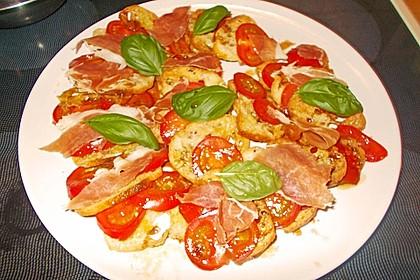 Italienischer Tomaten-Brotsalat 5