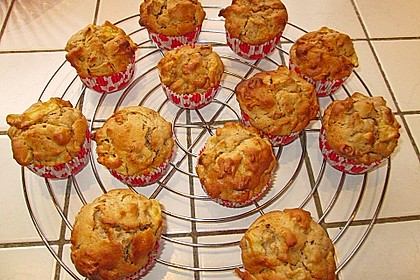 Bratapfel-Walnuss-Muffins 16