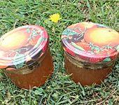 Apfel-Trauben-Gelee mit Kaffeebohnen