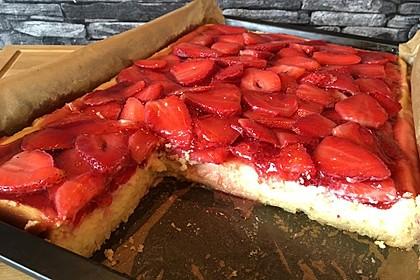 Erdbeer-Käsekuchen-Schnitten 27