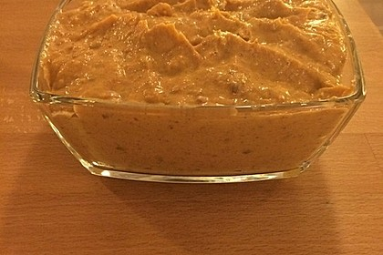 Pikanter Dattel-Frischkäse-Dip 9