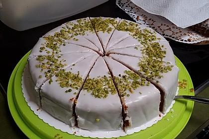 Karottenkuchen, Rüblikuchen oder Möhrenkuchen 159