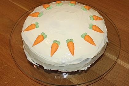 Karottenkuchen, Rüblikuchen oder Möhrenkuchen 219