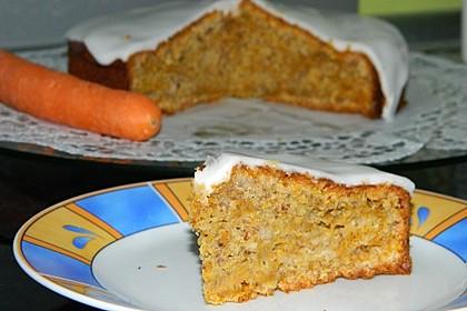Karottenkuchen, Rüblikuchen oder Möhrenkuchen 12