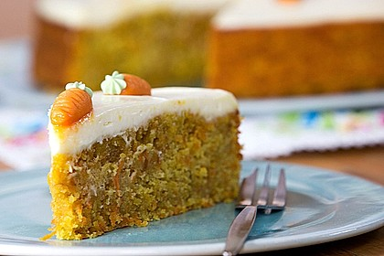 Karottenkuchen, Rüblikuchen oder Möhrenkuchen 15