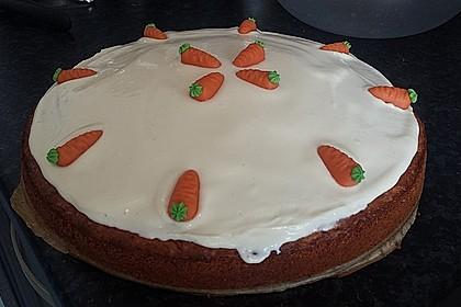 Karottenkuchen, Rüblikuchen oder Möhrenkuchen 153