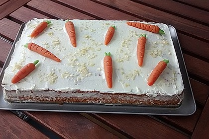 Karottenkuchen, Rüblikuchen oder Möhrenkuchen 285