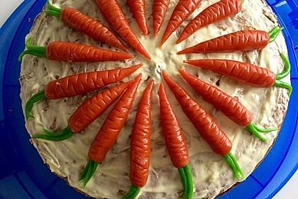 Karottenkuchen, Rüblikuchen oder Möhrenkuchen 273