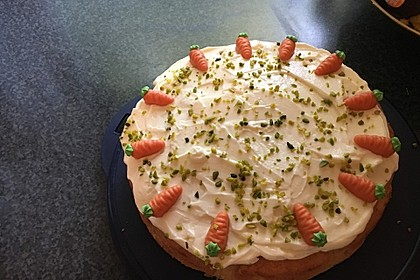 Karottenkuchen, Rüblikuchen oder Möhrenkuchen 149