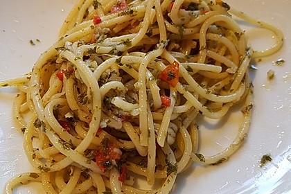 Spaghetti aglio, olio e peperoncino 10