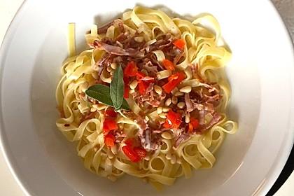 Spaghetti aglio, olio e peperoncino 11