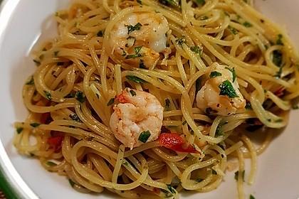 Spaghetti aglio, olio e peperoncino 3