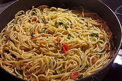 Spaghetti aglio, olio e peperoncino 2