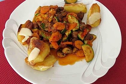 Kartoffel-Zucchini-Karotten-Pfanne 1