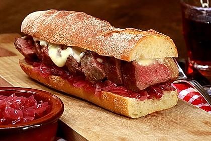 Steaksandwich mit Zwiebelmarmelade 0