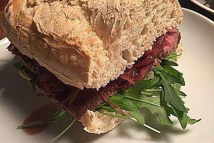 Steaksandwich mit Zwiebelmarmelade 4