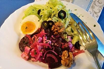 Rote Bete Salat mit Feta und Walnüssen 2
