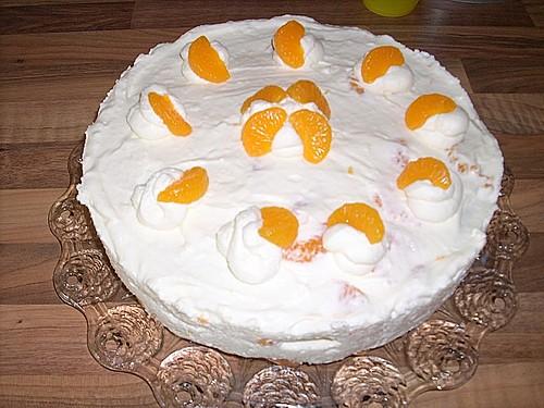 schnelle mandarinen sahne torte rezept mit bild. Black Bedroom Furniture Sets. Home Design Ideas
