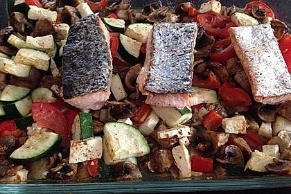 Low Carb Lachs mit Ofengemüse 46