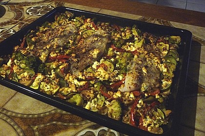 Low Carb Lachs mit Ofengemüse 105