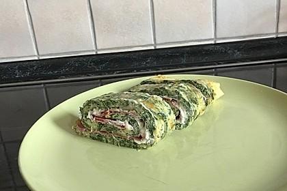 Low-Carb Spinatrolle mit Frischkäse und Kochschinken 45