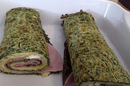 Low-Carb Spinatrolle mit Frischkäse und Kochschinken 35
