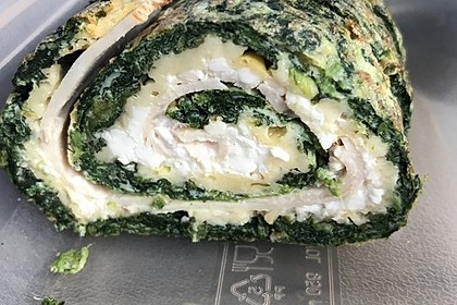 Low-Carb Spinatrolle mit Frischkäse und Kochschinken 44