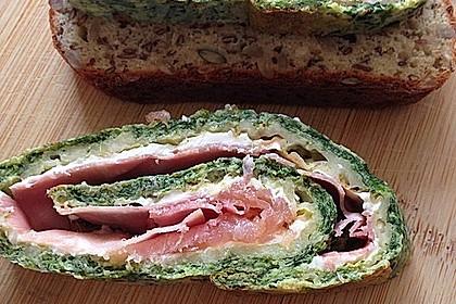 Low-Carb Spinatrolle mit Frischkäse und Kochschinken 51