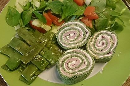 Low-Carb Spinatrolle mit Frischkäse und Kochschinken 5