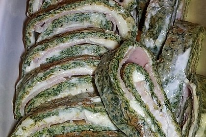 Low-Carb Spinatrolle mit Frischkäse und Kochschinken 39
