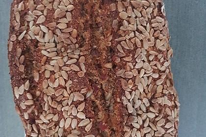 Low-Carb Brot mit Sonnenblumenkernen 19