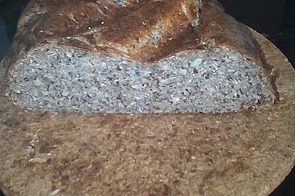 Low-Carb Brot mit Sonnenblumenkernen 98