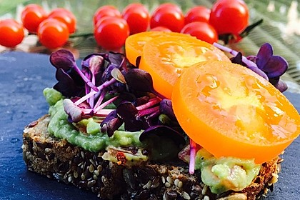 Low-Carb Brot mit Sonnenblumenkernen 5