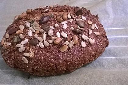 Low-Carb Brot mit Sonnenblumenkernen 56