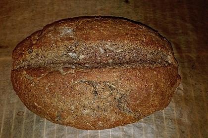 Low-Carb Brot mit Sonnenblumenkernen 65