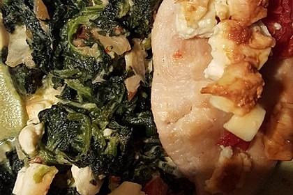 Hühnerbrust mit Spinat und Feta überbacken