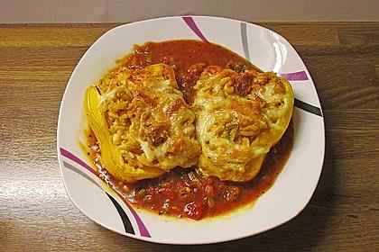 Gefüllte Paprika mit dreierlei Käse 1